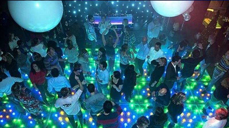 personeelsfeest, zaterdag night fever, themafeest, drenthe