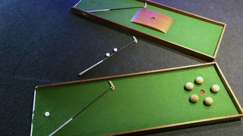 indoor midgetgolf, binnen midget golf, drenthe, activiteit familiedag, schoonhoven